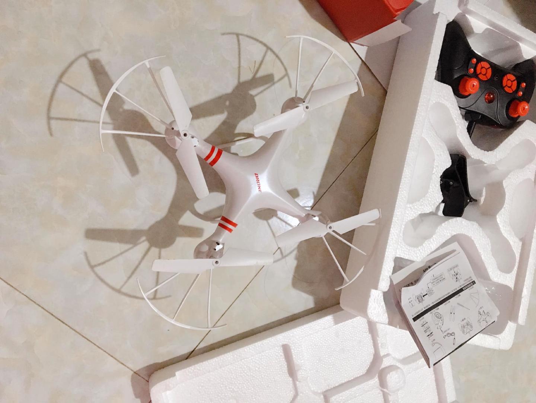 CHỌN LOẠI DRONE NÀO THÍCH HỢP CHO TRẺ NHỎ 3
